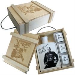 """Подарочный набор """"Защитнику Отечества"""" Штоф с изображением """"Жукова"""" - фото 13030"""